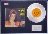 "DAVID BOWIE - 7"" Platinum Disc+Cover - LIFE ON MARS"